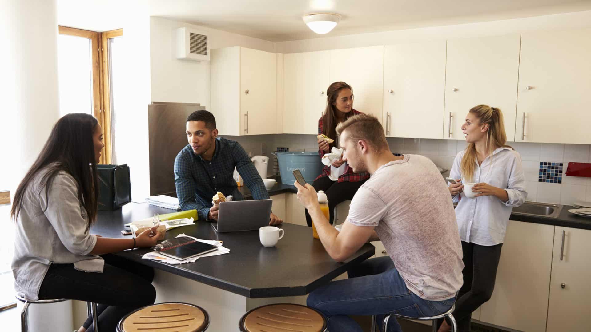 Etudiants à la quête de logement étudiant