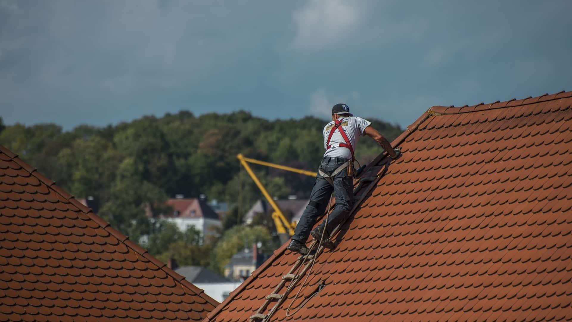 Quels travaux réaliser sur une toiture à Brest ?